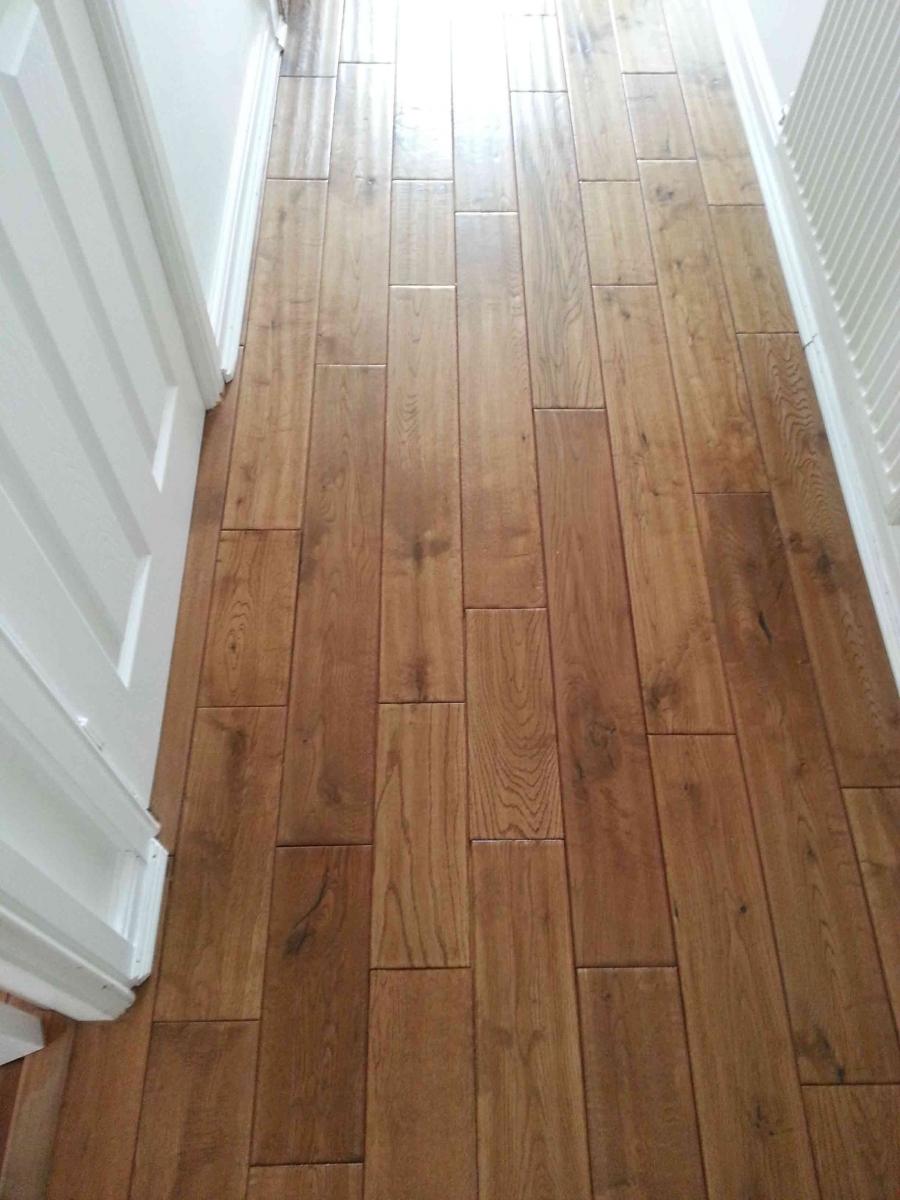hand-scraped-oak-floor-web